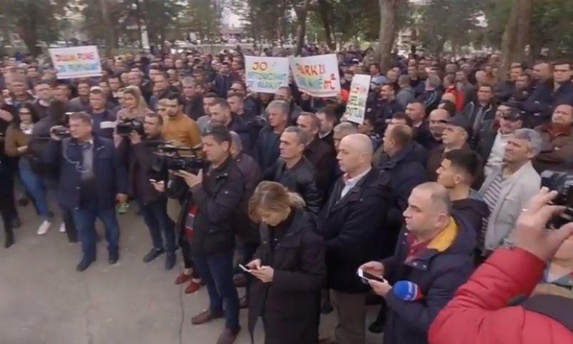 proteste-elbasan-compressor.jpg