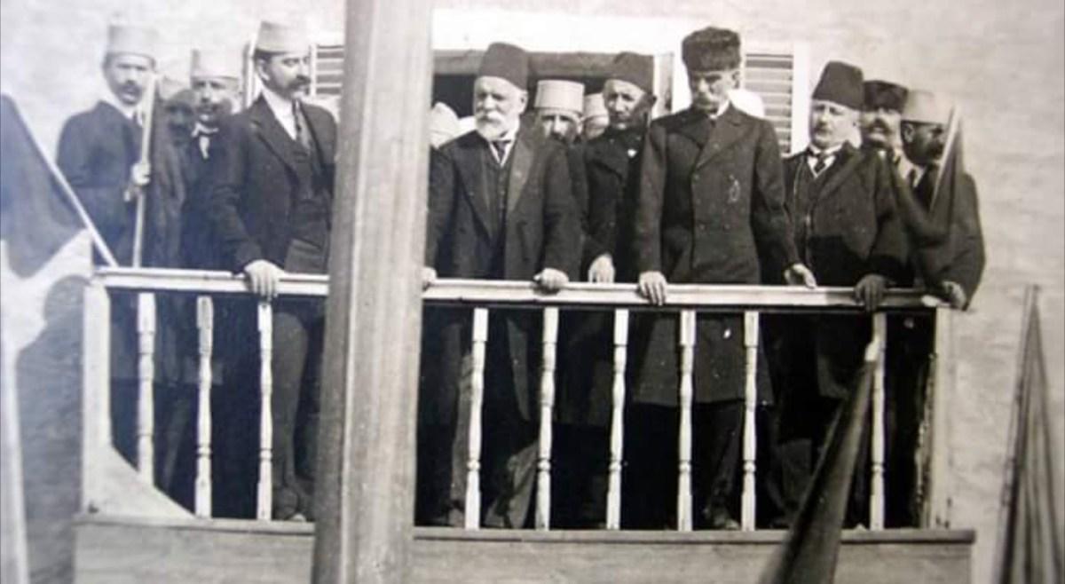 ismail qemali turqia