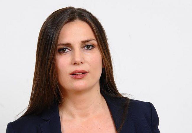"""""""Shpifje…"""", kryebashkiakja e Dimalit flet pas kallëzimit penal: Akuzat nuk janë të vërteta"""