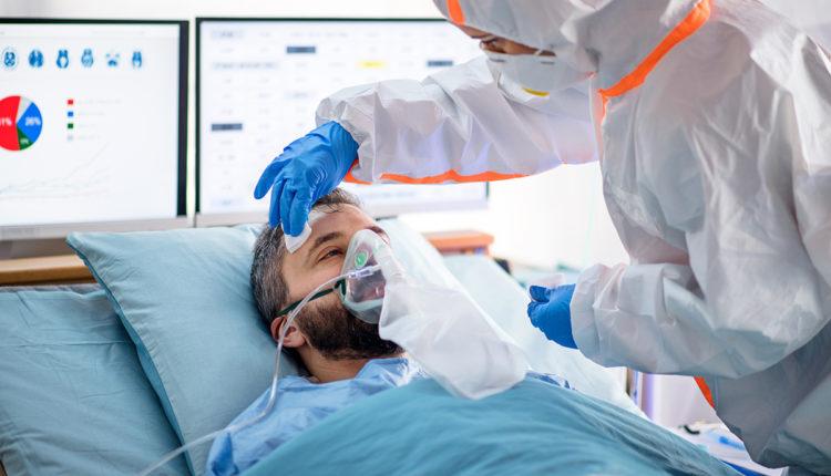 """""""Po plasim!"""", rrëfimet rrëqethëse nga një pavion Covid-i, pacientët tregojnë tmerrin mes jetës dhe vdekjes: Dukesh sikur nxjerr kokën në dritaren e makinës…"""