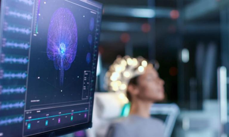 """""""Harroj aty për aty"""", personat që kalojnë Covidin shfaqin humbje të pjesshme të kujtesës, neurologu: Shumë pacientë vuajnë nga dhimbja e kokës në mënyrë të zgjatur"""