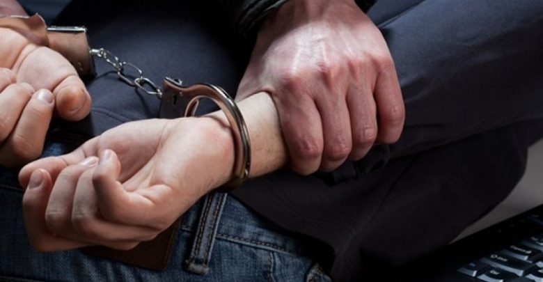 I burgosuri largohet nga vendi i qëndrimit, kapet në flagrancë në Poliçan