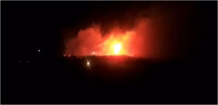 VIDEO/ Zjarr i madh pranë një teatri në Selanik, era ndihmon në përhapjen e flakëve me shpejtësi